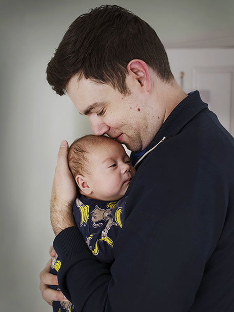 Aussie Dads, photo feature about dads in Australia that are on prenatal leave with there children.  In the picture:  Ross Yabsley Westpac Photographer : Johan Bävman Client: Parents at work PAW / Emma Walsh